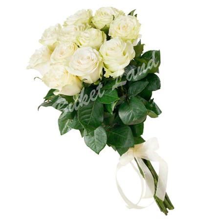 11 белых роз Аваланч 60 см