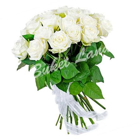 19 белых роз Аваланч 60 см