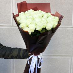 31 белая роза 60 см фото