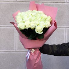 33 белых роз 60 см фото