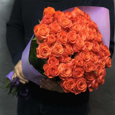 51 коралловая роза Вау 60 см фото