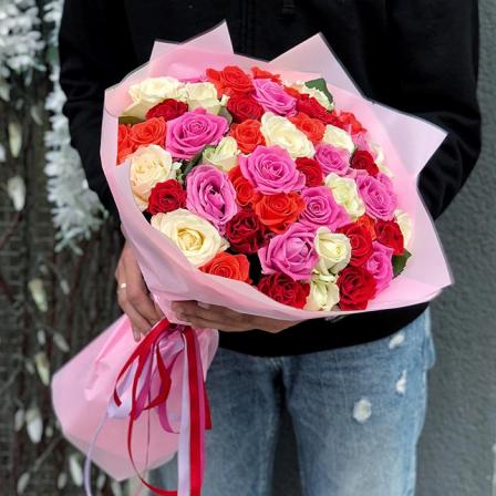 51 троянда мікс 50 см