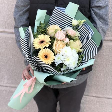 Букет цветов «Эмили» фото