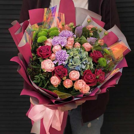 Букет цветов «Любящее сердце» фото