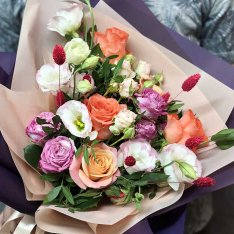 Bouquet of flowers from a florist | S photo