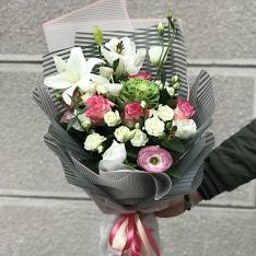 Букет цветов «Радостный день» фото