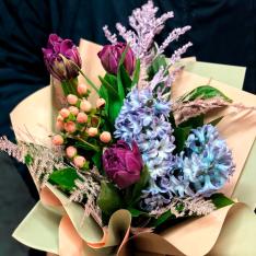 Букет квітів «Весняний» фото