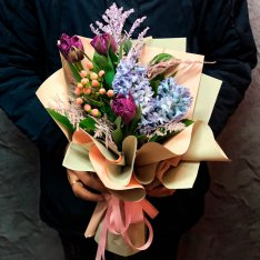 Букет цветов «Весенний» фото