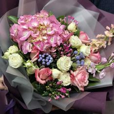 Букет квітів «Чарівний» фото