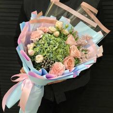 Букет цветов «Высокие чувства» фото