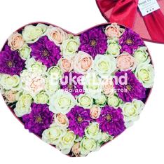 Коробка с цветами в виде сердца 1| размер L фото
