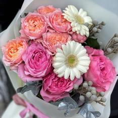 Букет цветов «Прекрасное начало» фото