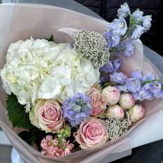 Букет квітів «Небесна сфера» фото