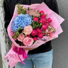 """Bouquet of flowers """"Venus"""" photo"""