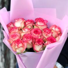15 троянд Джумілія фото