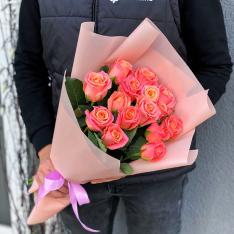 15 роз Мисс Пигги фото
