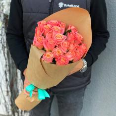 21 роза Мисс Пигги фото
