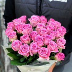 33 розы Аква фото