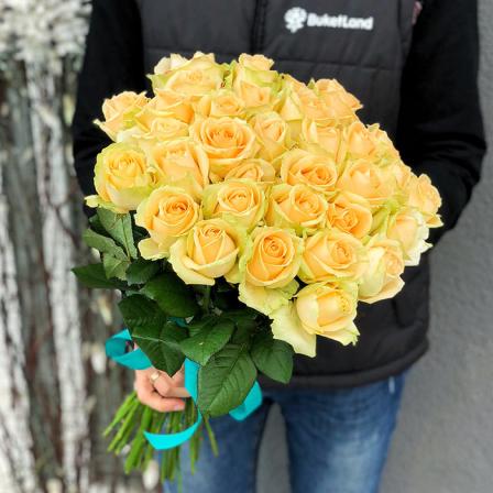 33 розы Пич Аваланч фото