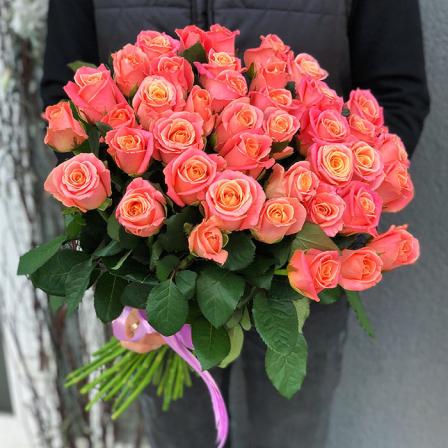 51 роза Мисс Пигги фото