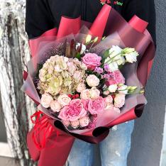 Букет цветов «Фаворит» фото