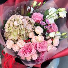 Букет квітів «Фаворит» фото