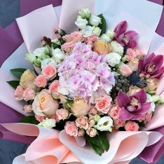 Букет цветов «Радужный» фото