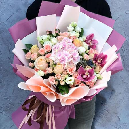 Букет квітів «Райдужний»