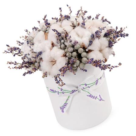 Цветы в коробке «Зимний след»  фото