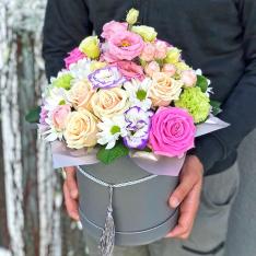 Цветы в шляпной коробке  «Искренность души» фото