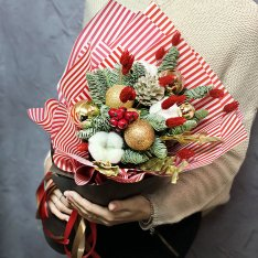 Зимний букет «Алая заря»  фото