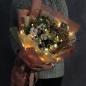 Зимний букет с гирляндой «Золотая зима» фото