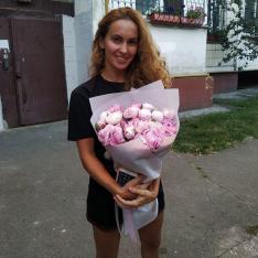19 розовых пионов фото