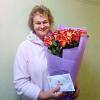 25 эквадорских роз 80 см в ассортименте  фото