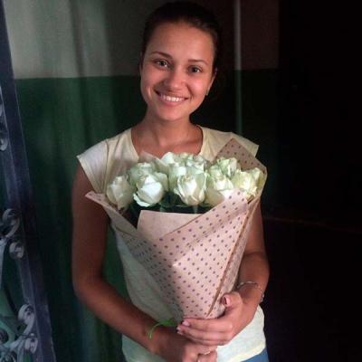 25 white roses 50 cm photo