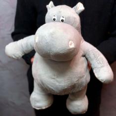 Мягкая игрушка «Серый бегемотик» фото