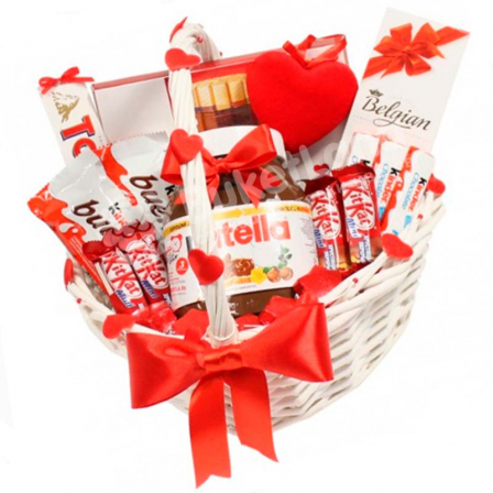 "Gift Basket ""Sweet Tooth"" photo"