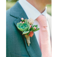 All you need to know about the bridal boutonniere for the groom