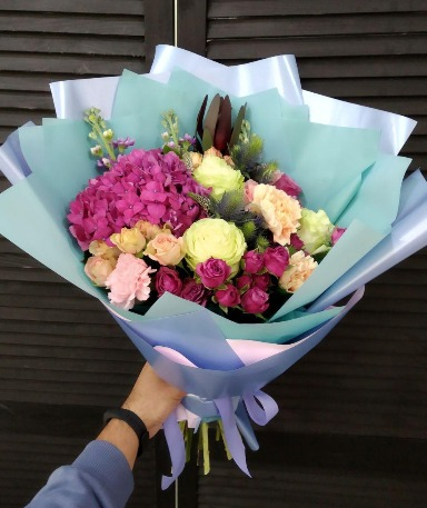 Photo of flowers with delivery in Chernihiv