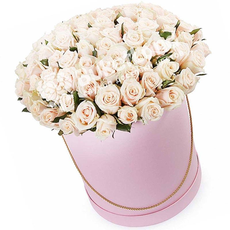 101 бежевая роза в шляпной коробке