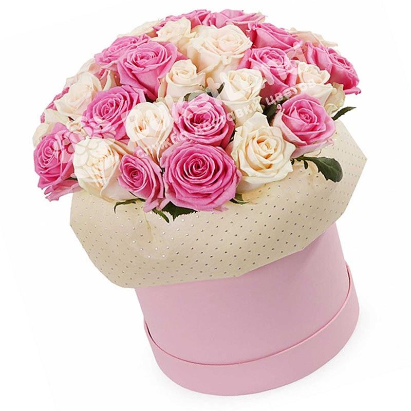 51 роза микс 3 в шляпной коробке
