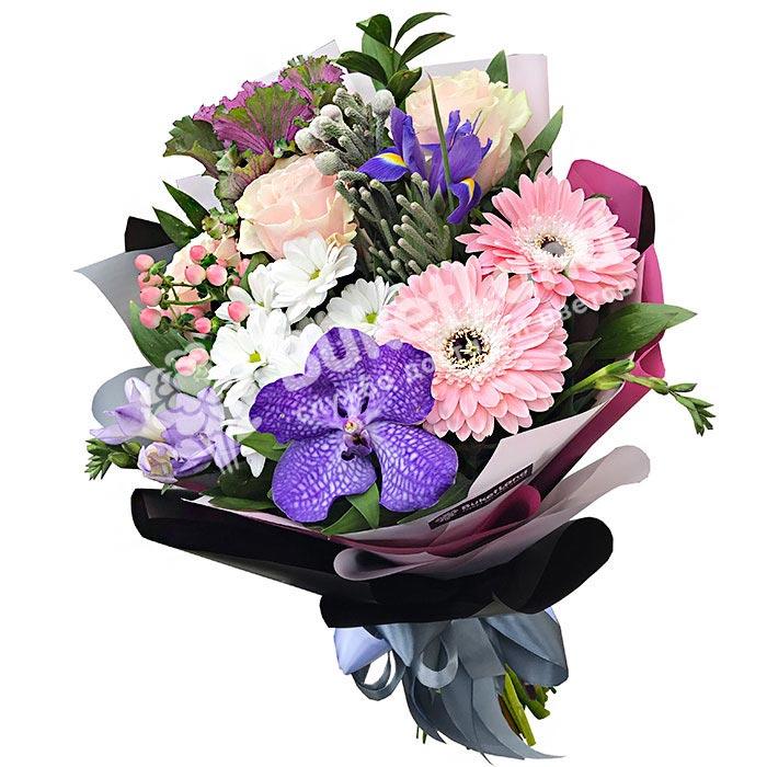 Букет цветов «Dior»