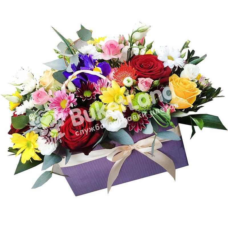 Композиция с цветами «Аромат весны»