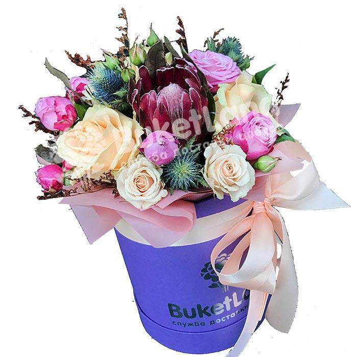 Цветы в шляпной коробке «Валенсия»