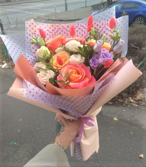 Фото доставки цветов во Львове