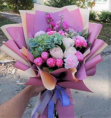 Фото доставки цветов Львов