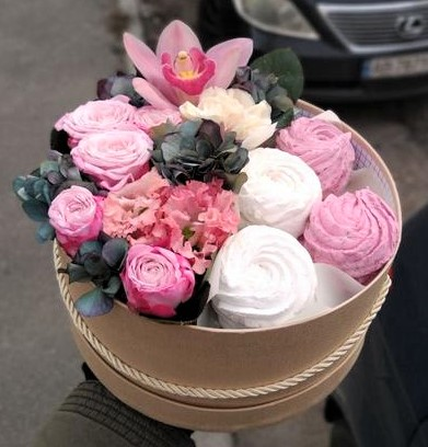 Фото доставки цветов в Полтаве