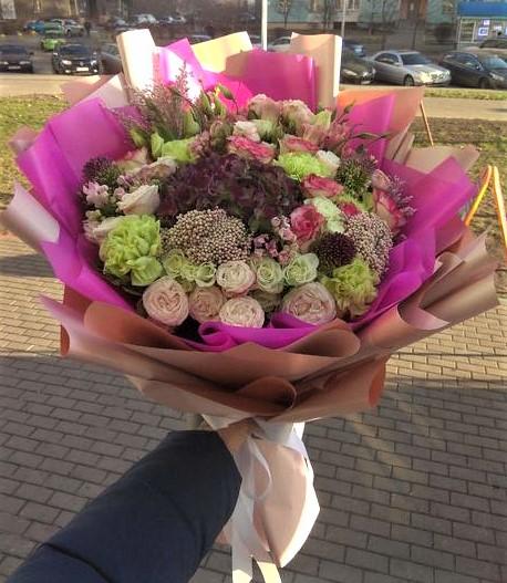 Фото доставка цветов Днепр