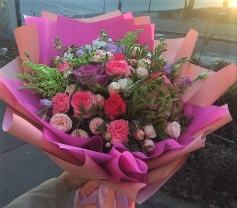 Фото доставки цветов в Днепре
