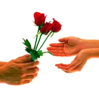 Как правильно дарить цветы